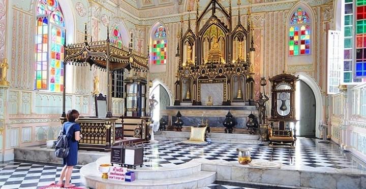 inside-the-church