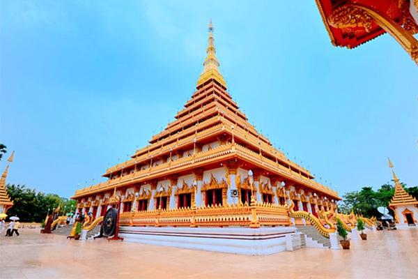 Worship the temple worship Wat Nongwang, Khon Kaen.